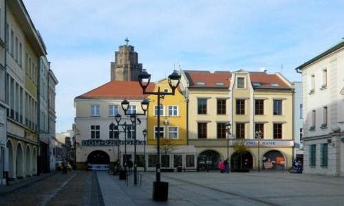 Zdjęcie POLSKA / śląskie / Gliwice / Kamieniczki w rynku