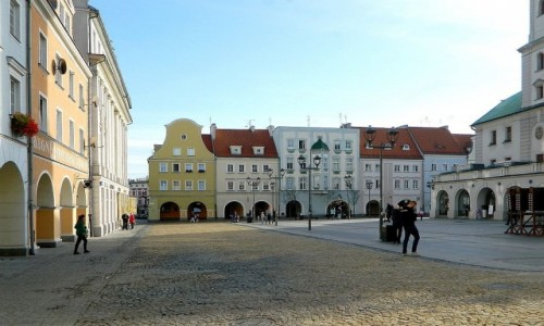 Zdjecie POLSKA / śląskie / Gliwice / Rynek od strony północnej