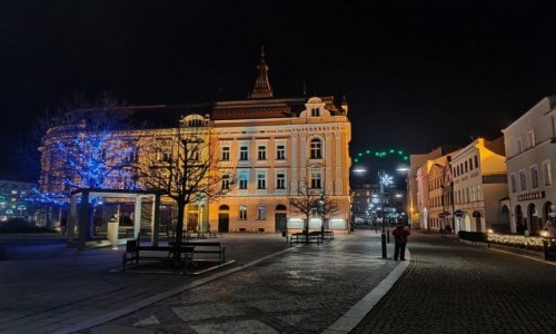 Zdjecie CZECHY / kraj morawsko-śląski / Karniów Krnov / Ulica w mieście