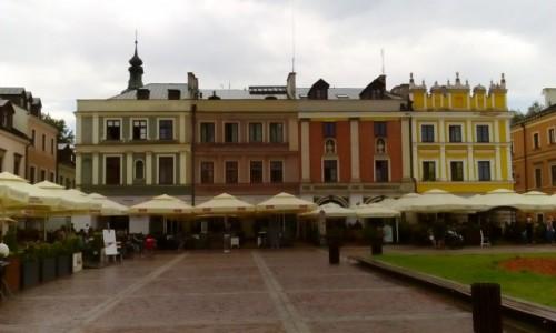 Zdjęcie POLSKA / Zamojszczyzna / Zamość / Kamieniczki w rynku