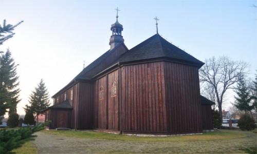 Zdjecie POLSKA / mazowieckie / Jeruzal / XVIII wieczny drewniany kościół w Jeruzalu