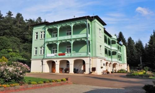 POLSKA / Podkarpacie / Klasztor Sióstr Nazaretanek w Komańczy / z wizytą w klasztorze...