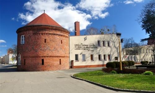 Zdjęcie POLSKA / zachodniopomorskie / Choszczno / Barbakan Bramy Kamiennej z XIV wieku