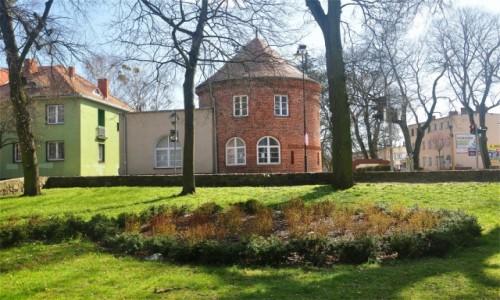 Zdjęcie POLSKA / zachodniopomorskie / Choszczno / Barbakan Bramy Kamiennej z XIV wieku w Choszcznie