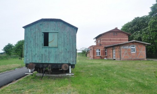 Zdjecie POLSKA / zachodniopomorskie / Lubiana / Nieczynna stacja kolejowa, gmina Pełczyce