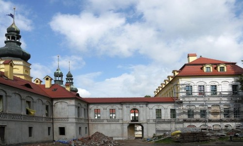 POLSKA / opolskie / Żyrowa / Pałac od strony dziedzińca