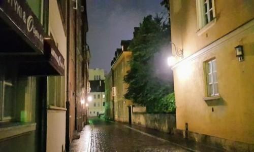 Zdjecie POLSKA / mazowieckie / Warszawa / wieczorem