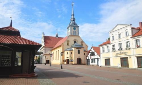 Zdjecie POLSKA / pomorskie / Wejherowo / Kolegiata Świętej Trójcy w Wejherowie