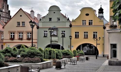 POLSKA / Dolny Śląsk / Jawor / koło ratusza...