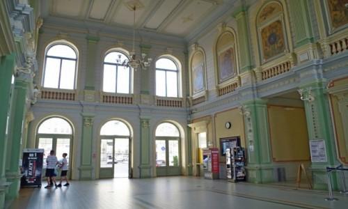 Zdjecie POLSKA / Podkarpacie / Przemyśl  /  piękny dworzec kolejowy :)