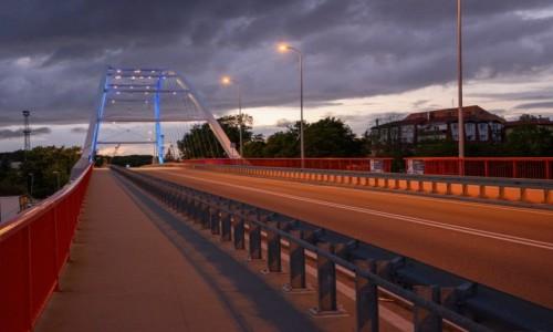 Zdjecie POLSKA / woj. zachodniopomorskie / Kołobrzeg / Most Portowy