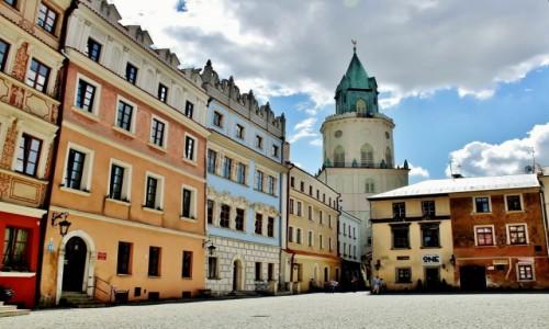 Zdjecie POLSKA / województwo lubelskie / Lublin / Wieża Trynitarska z XVII w. widziana z rynku