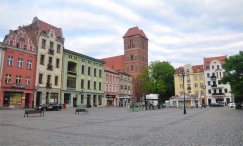 Zdjecie POLSKA / kujawsko-pomorskie / Toruń / Na Rynku Nowomiejskim w Toruniu