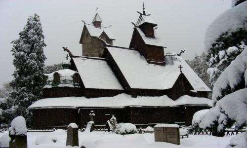 POLSKA / dolnoślaskie / Karpacz / Wang w śniegu