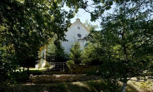 POLSKA / dolnosląskie / Lubawka / Fronton kościoła, Wniebowzięcia NMP w Lubawce-Podlesiu