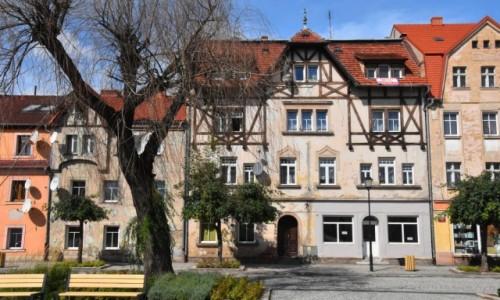 Zdjęcie POLSKA / województwo dolnośląskie / Wleń / Kamieniczki przy rynku we Wleniu