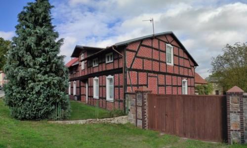 Zdjecie POLSKA / zachodniopomorskie / Dolice / Dom ryglowy w Dolicach