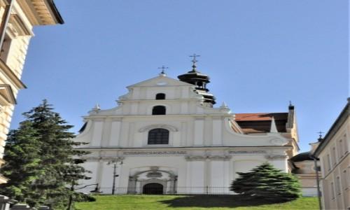 POLSKA / Podkarpacie / Przemyśl / Przemyśl, kościół Karmelitów.
