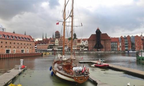 Zdjecie POLSKA / pomorskie / Gdańsk / Panorama Gdańska znad Motławy
