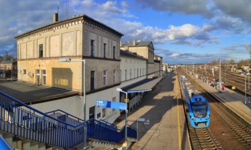 Zdjęcie POLSKA / wielkopolskie / Krzyż Wielkopolski / Dworzec kolejowy z XIX wieku, Krzyż
