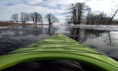 POLSKA / Mazury / Rzeka Krutynia / Spływ zimowy