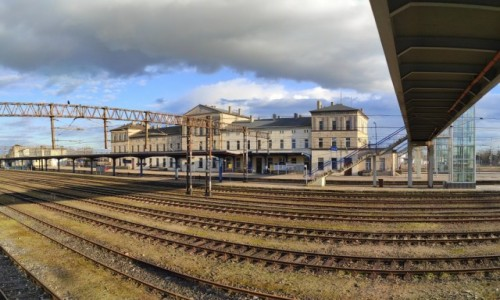 Zdjęcie POLSKA / wielkopolskie / Krzyż Wielkopolski / Stacja kolejowa w Krzyżu