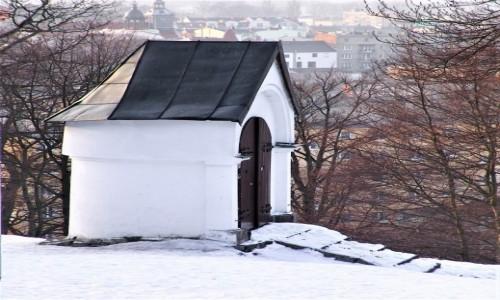Zdjecie POLSKA / Pomorze / Wejherowo / Jedna z kapliczek Kalwarii Wejherowskiej