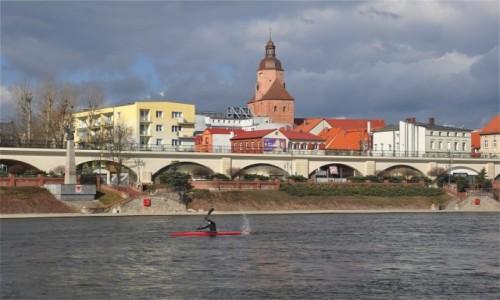 Zdjecie POLSKA / lubuskie / Gorzów Wielkopolski / Widok na Bulwar Zachodni