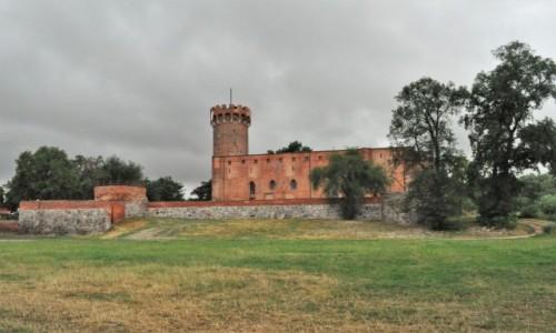 Zdjecie POLSKA / Kujawsko Pomorskie / Świecie / Świecie, ruiny zamku krzyżackiego