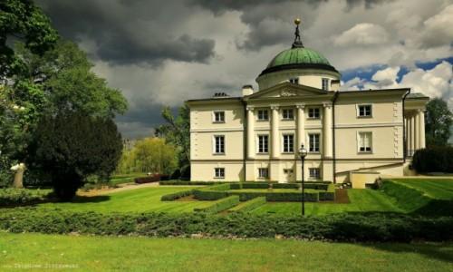 POLSKA / kujawsko-pomorskiego / Lubostroń / Pałac w Lubostroniu