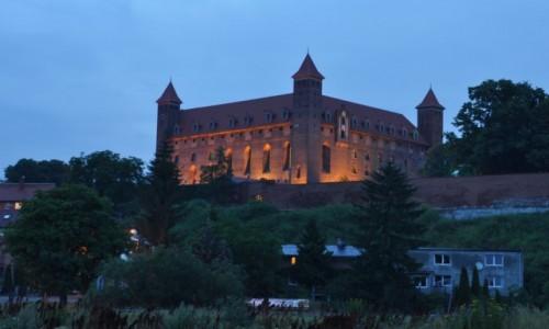 Zdjecie POLSKA / Pomorskie / Gniew / Gniew, zamek nocą