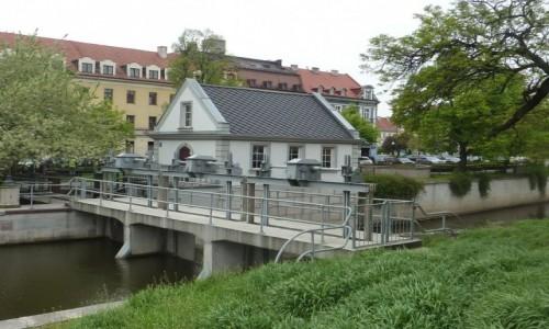 Zdjęcie POLSKA / Wielkopolska / Kalisz / Kalisz , mała  elektrownia  wodna .