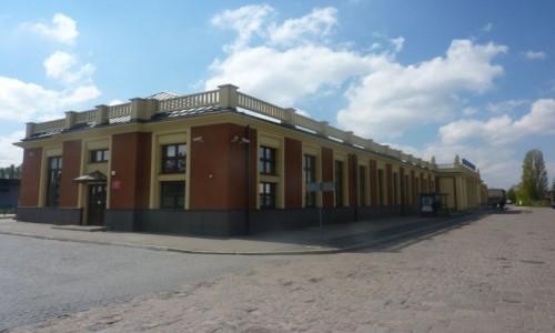 Zdjecie POLSKA / Wielkopolska / Kalisz / Kalisz . Dworzec  kolejowy  .