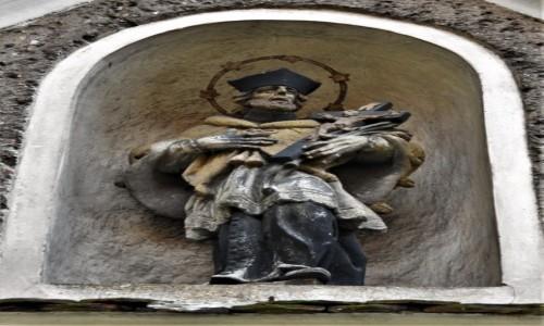 Zdjęcie POLSKA / Dolny Śląsk / Lubawka / Lubawka, kościół, figura św. Jana Nepomucena