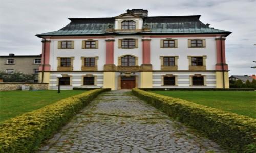 Zdjęcie POLSKA / Dolny Śląsk / Krzeszów / Krzeszów, klasztor pocysterski, pałac opata
