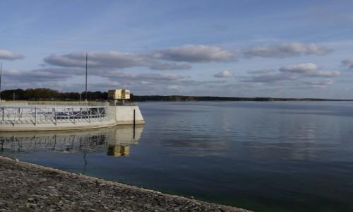 Zdjecie POLSKA / opolskie / Turawa / Jezioro i wlew wody do elektrowni wodnej
