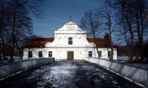 Zdjecie POLSKA / Lubelszczyzna / Zwierzyniec Kościołek na wodzie / Zwierzyniec- Pi