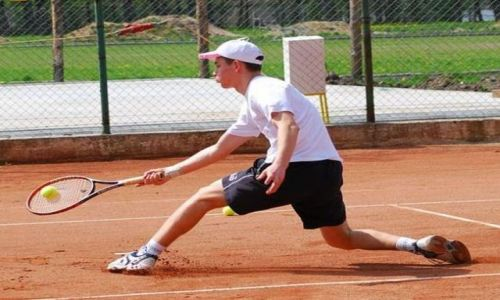 Zdjecie POLSKA / Pojezierze Drawskie / Szczecinek / korty tenisowe