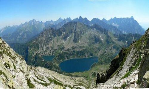 Zdjecie POLSKA / Tatry / Orla Perć - w pobliżu Koziego Wierchu / Dolina Pięciu Stawów z panoramą Tatr