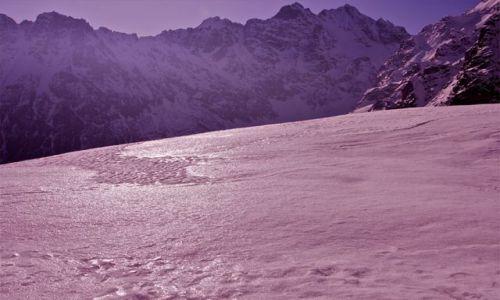 Zdjecie POLSKA / Tatry / Szlak na Szpiglasową Przełęcz / Zimowy Kwiecień w Tatrach