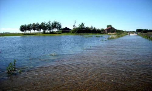 Zdjęcie POLSKA / świętokrzyskie / Ponidzie / majowa powódź