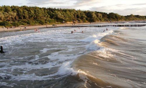 Zdjęcie POLSKA / Pomorze Zachodnie / Ustronie Morskie / plaża w Ustroniu Morskim