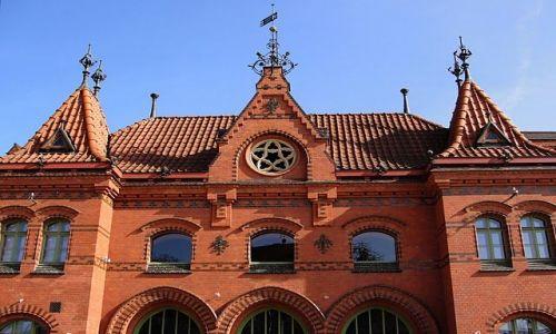Zdjęcie POLSKA / Pomorze / Malbork / dworzec PKP w Malborku