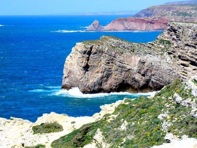 Zdjęcia: Brzeg oceanu w  poblizu Sagres, Zachodnie Algarve, Sagres , PORTUGALIA
