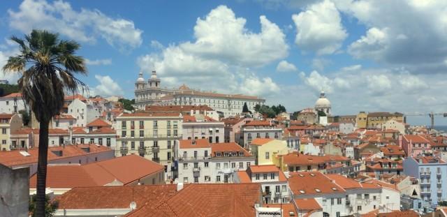 Zdjęcia: Lizbona, Centrum, Z  Portas do Sol, PORTUGALIA