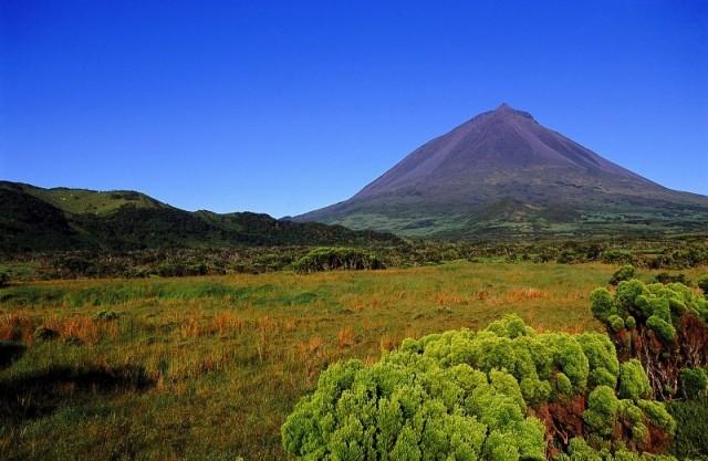Zdjęcia: wyspa Pico, Azory, Krajobraz wulkaniczny wyspy Pico – Azory, PORTUGALIA