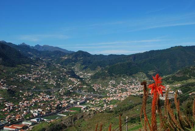 Zdjęcia: Machico, Madera, widok na Cabeco de Lenha i Machico, PORTUGALIA