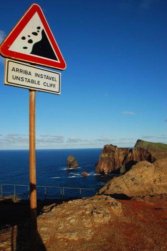 Zdjęcia: Ponta de Sao Laurenco, Madera, Ponta de Sao Laurenco - Sign Caution, PORTUGALIA