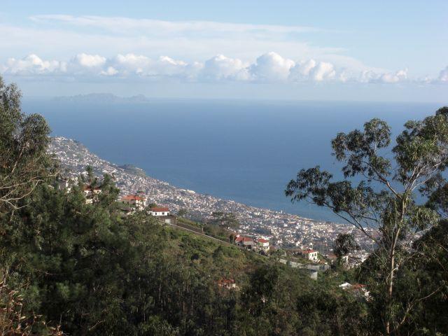 Zdjęcia: Madeira - Funchal - góra Eira Do Serrado, Widok z góry Eira Do Serrado 1053m - widok na ocean., PORTUGALIA
