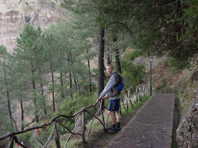 Zdj�cia: Madeira - Funchal, Zej�cie z g�ry Eira Do Serrado, PORTUGALIA
